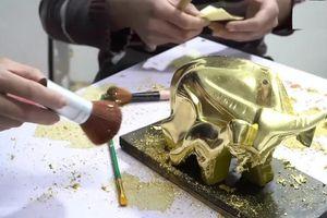 Tuyệt phẩm Trâu dát vàng 24k sẵn sàng đón Tết Nguyên đán