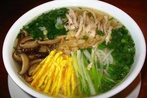 Những món bạn nhất định phải ăn khi tới Hà Nội