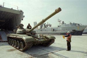 Làm thế nào Trung Quốc có được T-72 vào đầu những năm 1980?