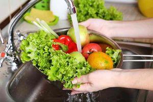 Mẹo loại bỏ thuốc trừ sâu trong rau, củ, quả