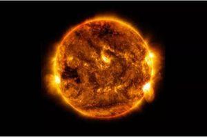 Mặt Trời trên thực tế có màu gì?