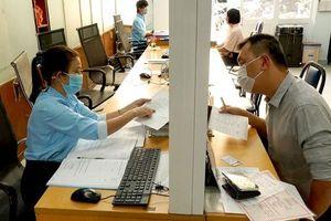 TPHCM hỗ trợ người dân các phường mới đổi giấy tờ