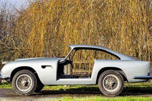 Chiếc Aston Martin cổ điển như 'sắt vụn' trị giá 1,8 triệu bảng Anh