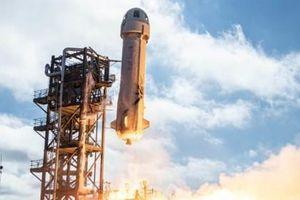 Công ty vũ trụ của Jeff Bezos đặt mục tiêu đưa hành khách đầu tiên vào vũ trụ trong tháng 4