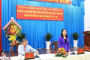 Lời cảm ơn và lời hứa trong 'Hội nghị Diên Hồng'