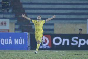 Toàn cảnh Nam Định 3-0 Hà Nội FC: Kết quả không tưởng tại Thiên Trường
