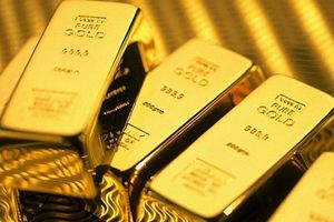 Giá bán vàng SJC cao hơn vàng thế giới 5,12 triệu đồng/lượng