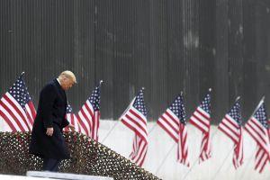 Ông Trump những ngày cuối nhiệm kỳ: Lặng lẽ chờ sóng gió