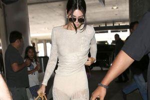 Kendall Jenner và dàn mỹ nhân chuộng mặc quần xuyên thấu