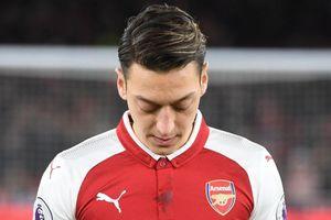 Arsenal đạt thỏa thuận chấm dứt hợp đồng với Ozil