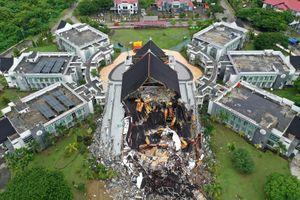 Indonesia chạy đua cứu người sau vụ động đất
