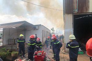 Cháy bãi phế liệu tại phường Long Thạnh Mỹ, TP Thủ Đức