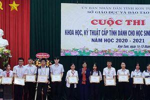 Thi KHKT cấp tỉnh Kon Tum: HS vận dụng kiến thức đã học vào vấn đề thực tiễn