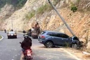 Tin giao thông đến sáng 16/1: Tông trực diện xe tải, người đàn ông đi xe máy tử vong