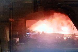Cháy lớn thiêu rụi gần 500m2 nhà xưởng sản xuất giày