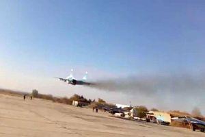 Máy bay chiến đấu MiG-29 do Nga sản xuất ngang nhiên bay qua các vị trí của quân đội Thổ Nhĩ Kỳ
