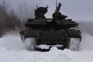 Xe tăng T-90M kết hợp thành một mạng lưới duy nhất trong cuộc tập trận