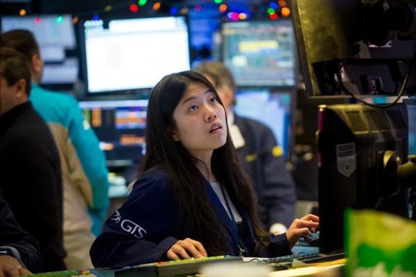 'Buy the Rumor, Sell the News' - chiến lược giao dịch nhà đầu tư nào cũng nên biết