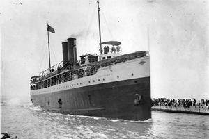 Kỳ 1: Thuyền chìm tại bến !