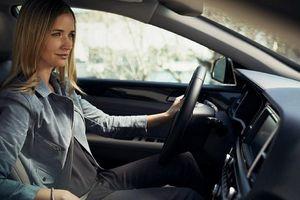 Những sai lầm dễ mắc phải khi lái xe số tự động