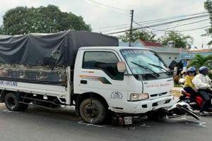 Tin tức tai nạn giao thông nổi bật ngày 16/1: Tài xế xe tải ngủ gật tông vào nhóm học sinh đang đứng mua bánh mì ven đường