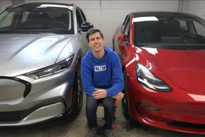 Liệu Ford Mustang Mach-E có tốt hơn Model 3 và Model Y