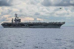 Tên lửa Iran rơi cách tàu sân bay Mỹ 160km