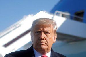 Ông Trump yêu cầu chính phủ Mỹ giảm mua sắm hàng Trung Quốc