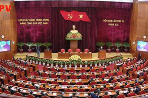 Bế mạc Hội nghị lần thứ 15 Ban Chấp hành Trung ương