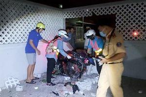 Tiền Giang: Đâm sập tường nhà dân, nam thanh niên tử vong