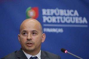 Bộ trưởng Tài chính Bồ Đào Nha Joao Leao mắc Covid-19