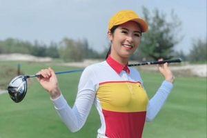 Hoa hậu Ngọc Hân và Jennifer Phạm tham gia giải golf 'Tết vì người nghèo'