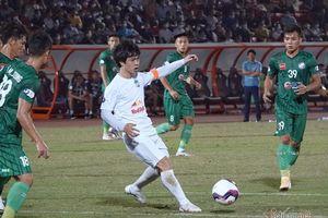 HAGL thua Sài Gòn ở trận ra mắt HLV Kiatisuk