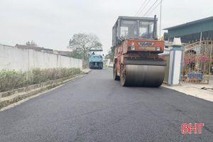 Huyện ven biển Hà Tĩnh phấn đấu thảm nhựa 44 km đường năm 2021