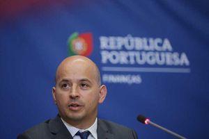 Bộ trưởng Tài chính Bồ Đào Nha mắc COVID sau cuộc họp với lãnh đạo EU