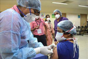 Chiến dịch tiêm chủng toàn quốc của Ấn Độ gặp trục trặc