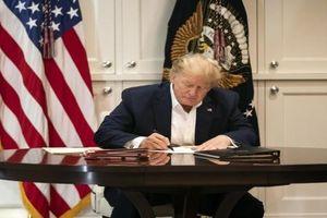 Ông Trump tỏ ra 'không bận tâm' đến việc bị luận tội