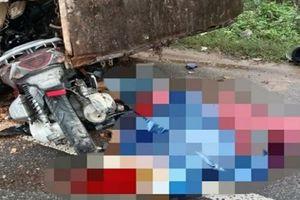 Tin tức tai nạn giao thông ngày 17/1: Xe máy đâm sầm vào ôtô dừng đỗ bên đường, 2 người chết tại chỗ
