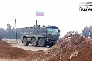 Nga triển khai lượng lớn binh sĩ tới khu vực biên giới Syria-Thổ Nhĩ Kỳ