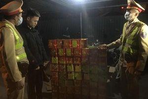 Nam thanh niên 19 tuổi 'mất Tết' vì nhận chở pháo thuê lấy 10 triệu tiền công