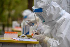 Trung Quốc báo động bệnh nhân Covid-19 siêu lây nhiễm
