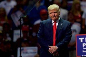 'Thị trường mua bán suất ân xá nhộn nhịp trước ngày TT Trump rời chức'