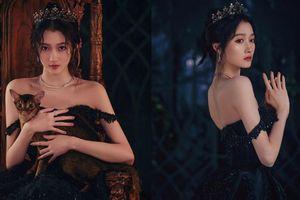 Quan Hiểu Đồng hóa công chúa hắc ám lạnh lùng, quyến rũ gây 'bão' mạng