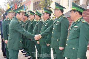 Tư lệnh Biên phòng thị sát tuyến biên giới Gia Lai