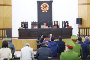 Phiên tòa xét xử ông Vũ Huy Hoàng tiếp tục bị hoãn