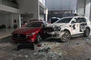 Khởi tố nữ tài xế tông chết người rồi lao thẳng vào showroom ô tô