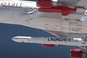 Tên lửa vũ trụ phóng từ trên không của Mỹ lần đầu đạt quỹ đạo mục tiêu
