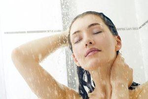Sai lầm bạn không được mắc phải khi tắm
