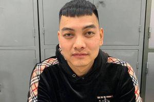 Đối tượng nã súng vào xe ô tô của Dương Minh Tuyền đã đầu thú ở Hà Nội