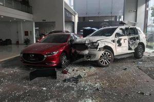 Khởi tố nữ tài xế 9X đạp nhầm chân ga lao sang showroom Mazda ở Phú Thọ khiến người đàn ông chết thảm